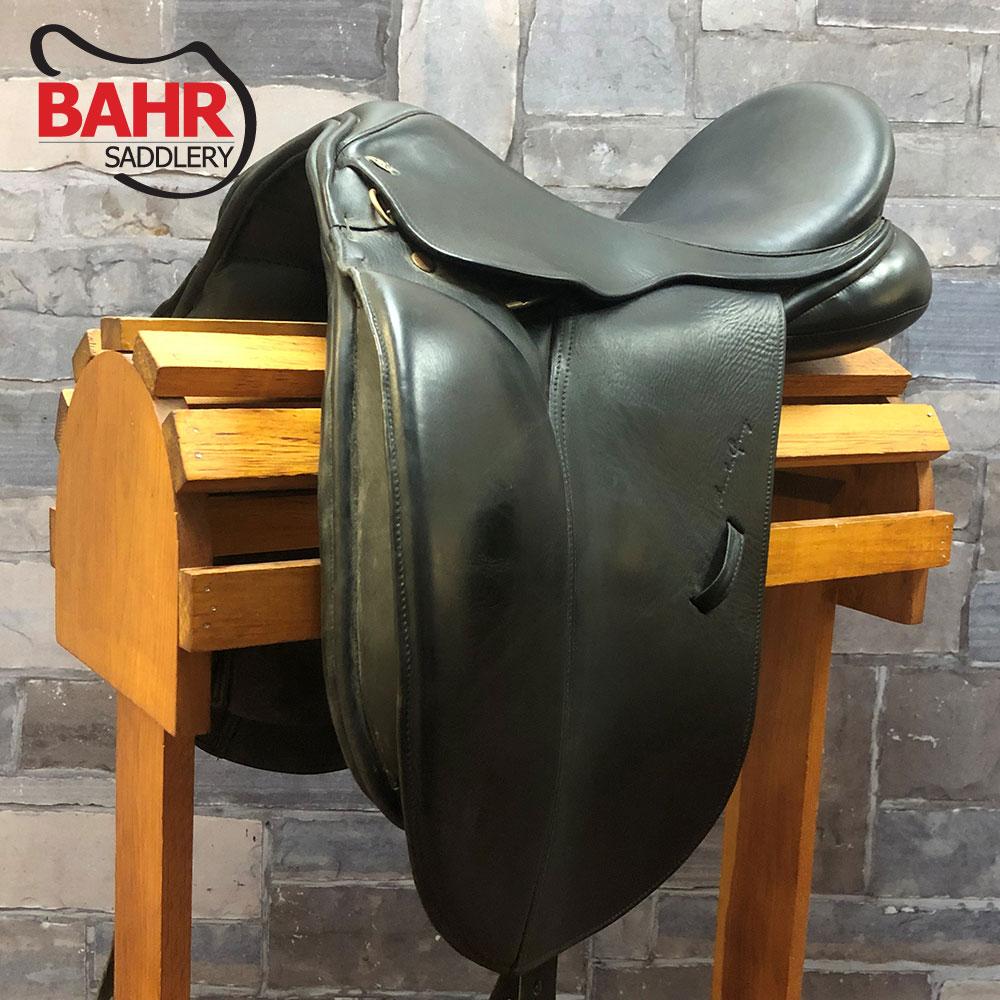 "Used 17.5"" Santa Cruz Dressage Saddle"