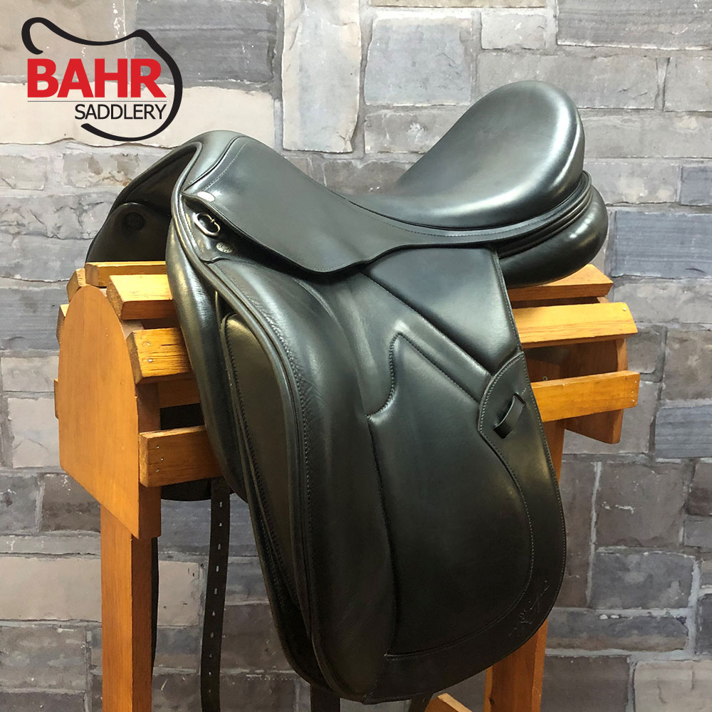 "Used 18"" Equipe Boticelli Dressage Saddle"