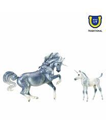 Breyer Cascade & Caspian Unicorn Mare and Foal Set
